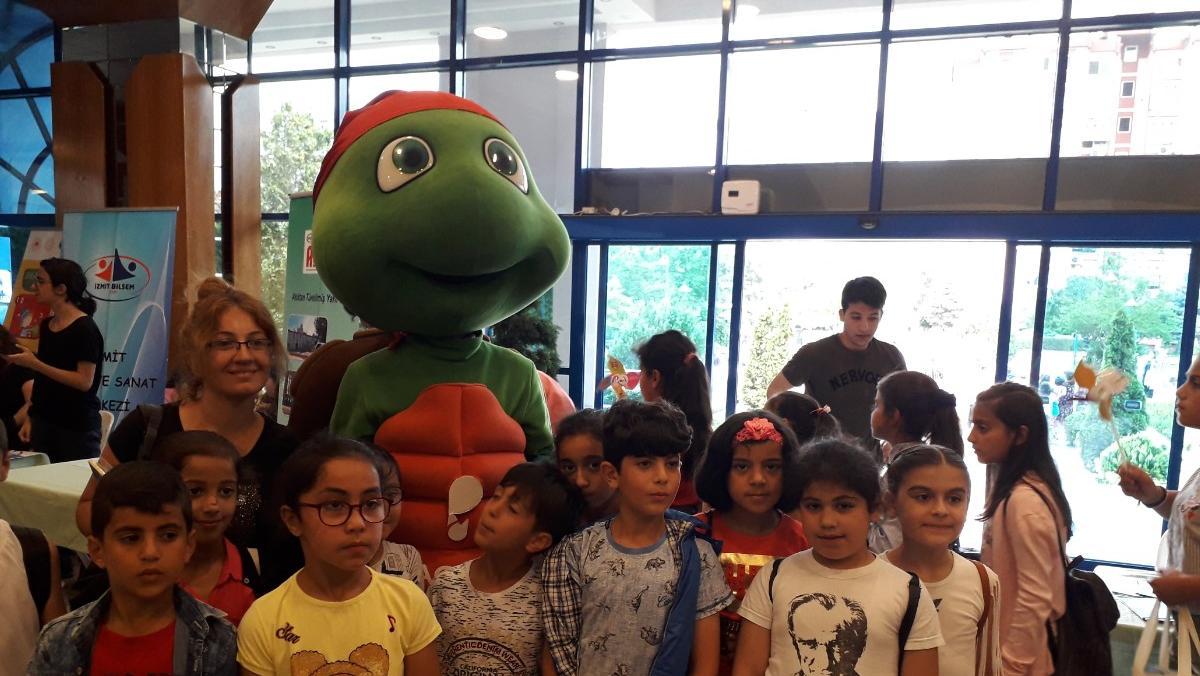 Kocaeli'nin En Çevreci Okulları Ödüllerine Kavuştu